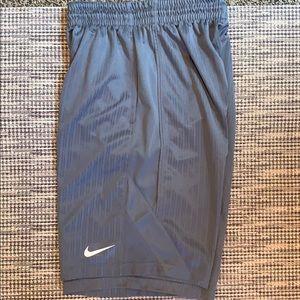 Nike athletic shorts with pockets
